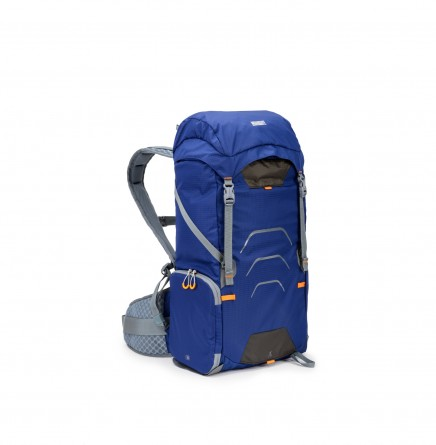 ultralight_Blue25L_34right-Edit-s